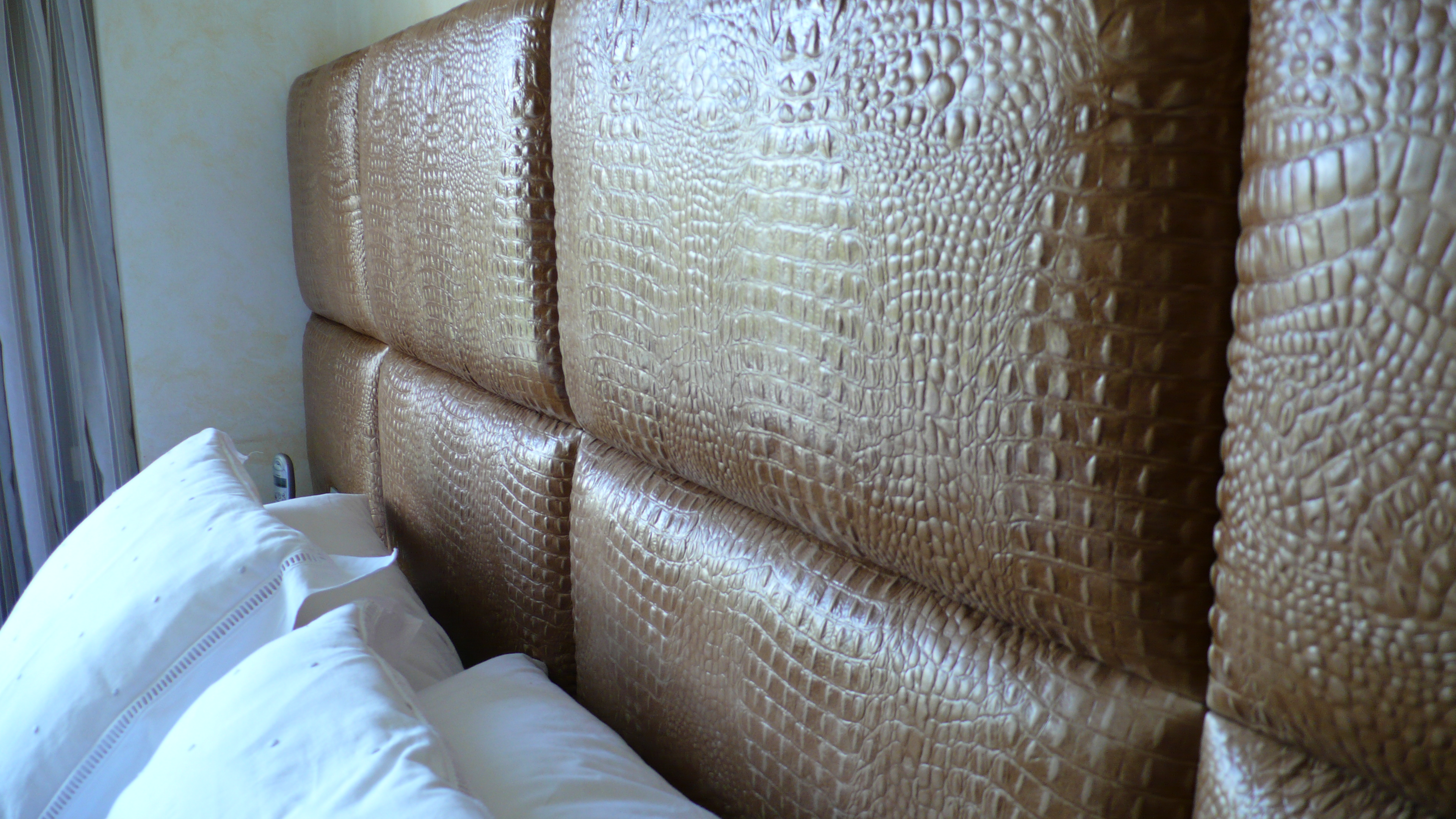 Croc Rocks Padded Tiled Headboard