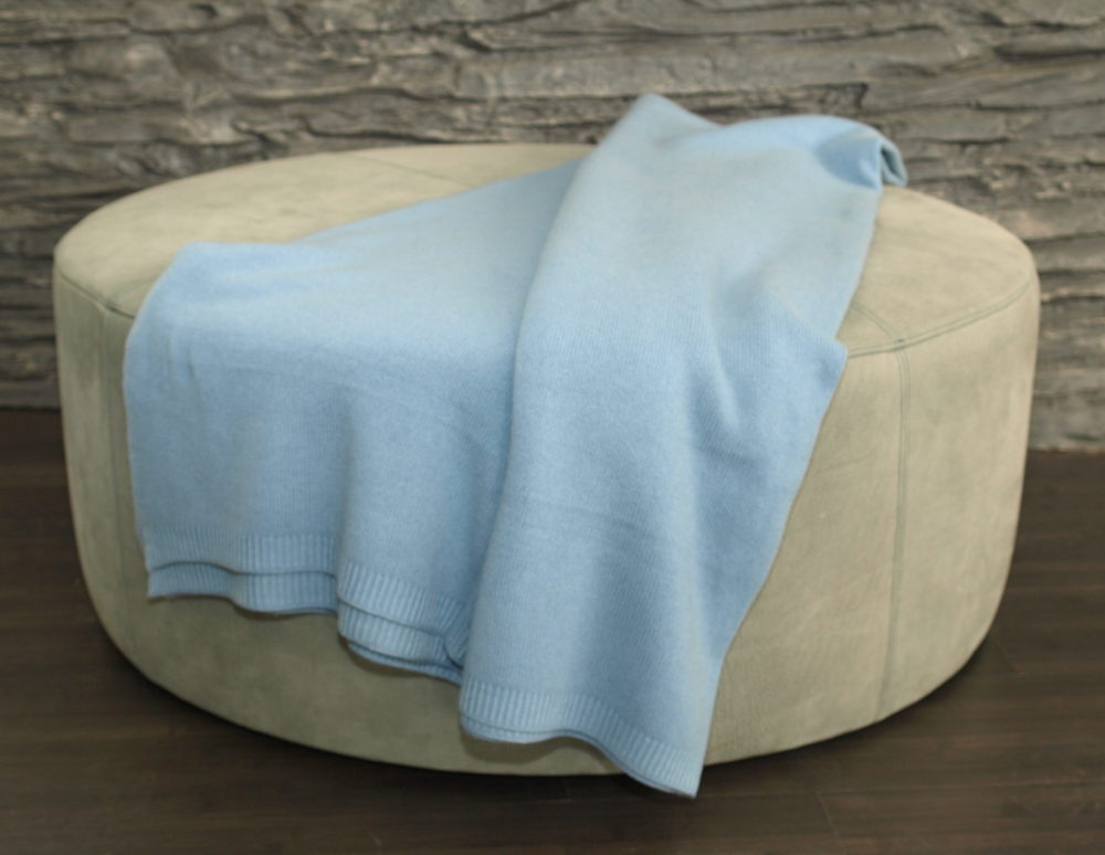 knitted cashmere throw