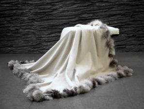 Woven Cashmere Blanket with Woven Fox Border